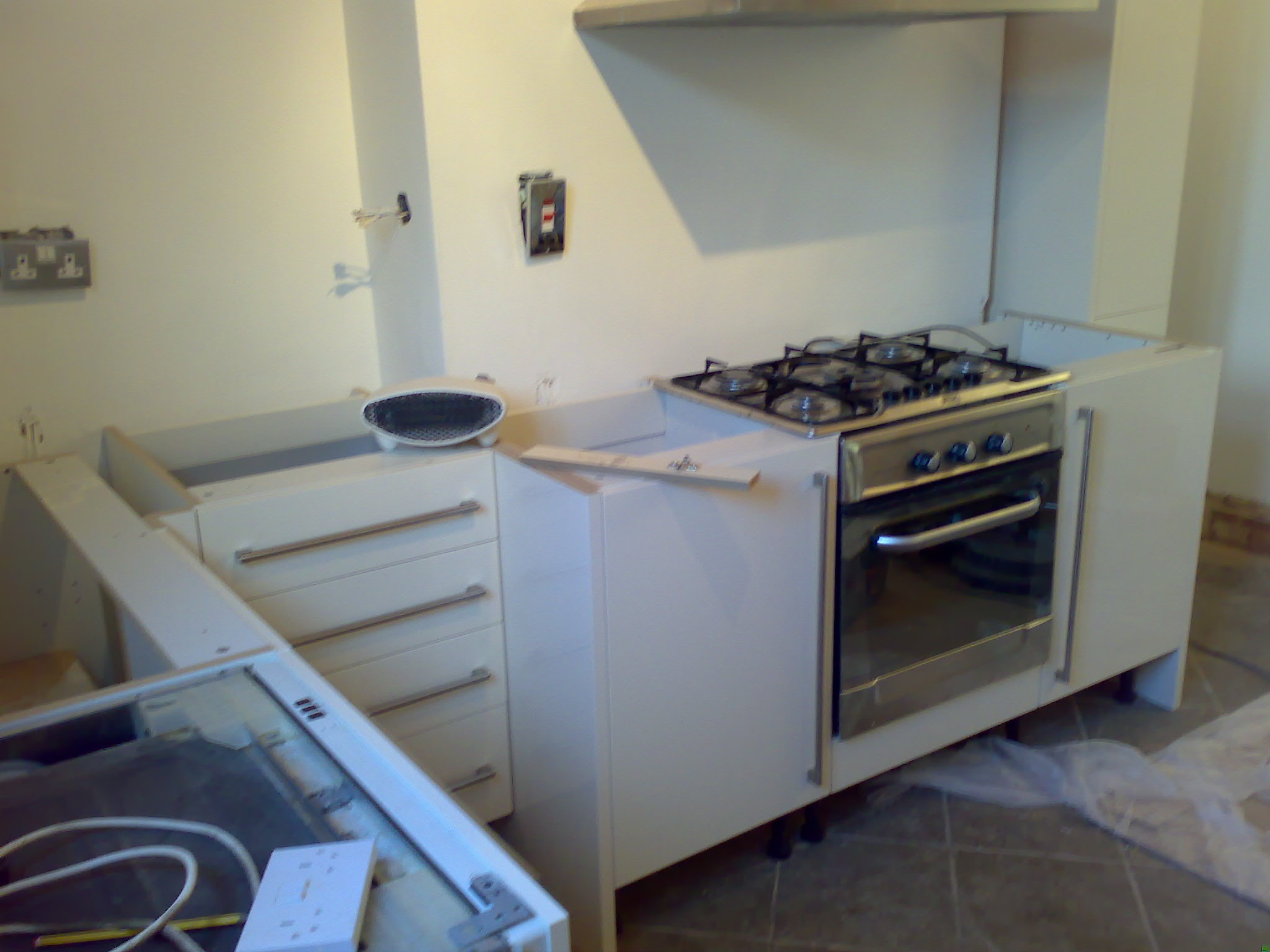 kitchen in Brixton, durning the fitting project